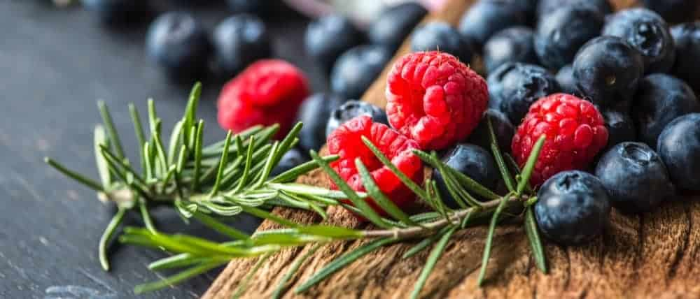 Berries for Vitamin E for the Brain